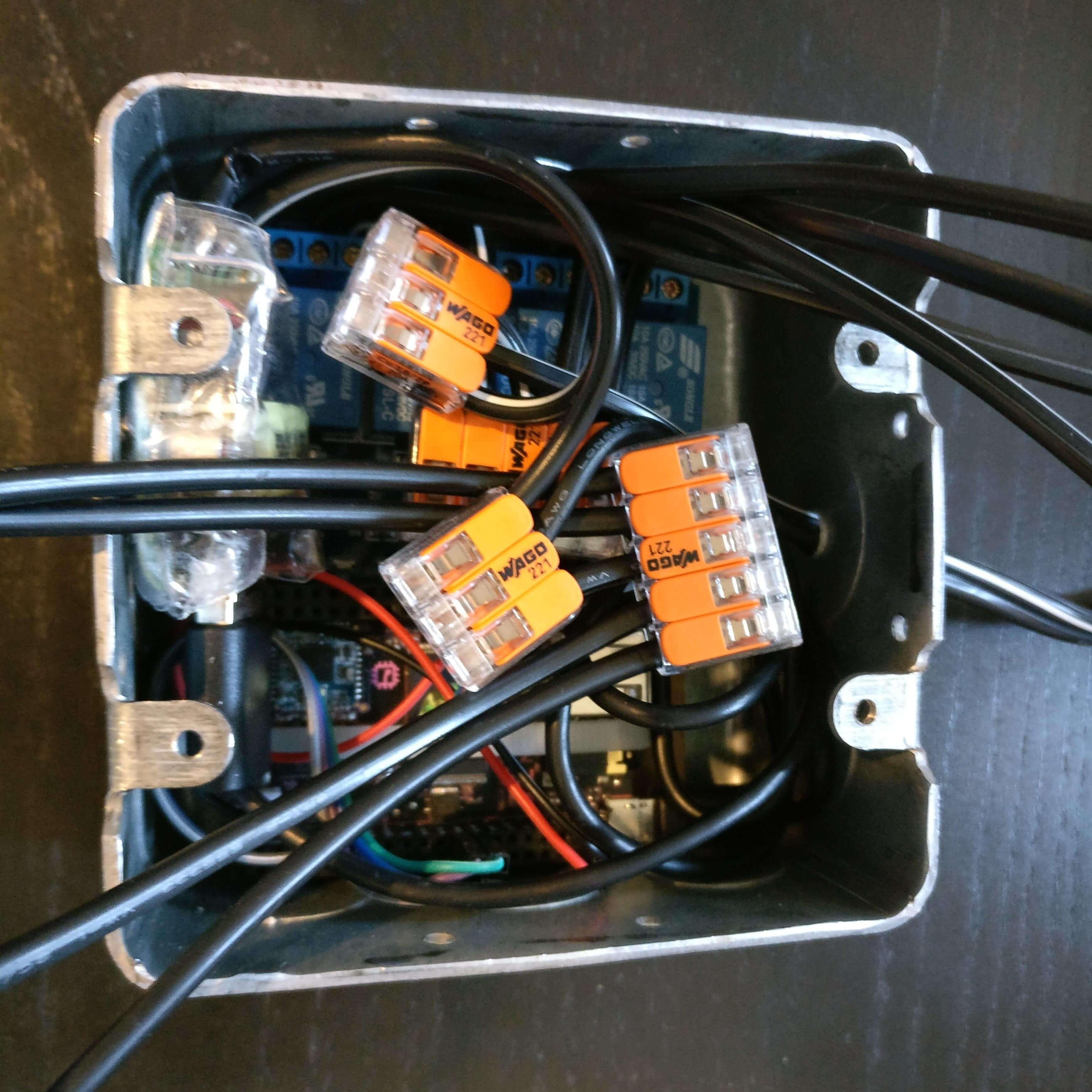 src/img/showcase/powerbox-in-box.jpg